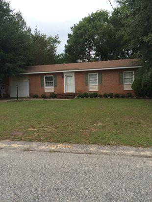 4118 Dellwood Dr, Fayetteville, NC 28304
