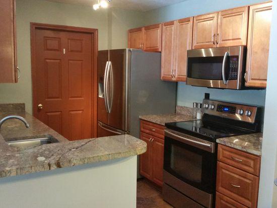 3294 Lenox Village Dr UNIT 106, Fairlawn, OH 44333