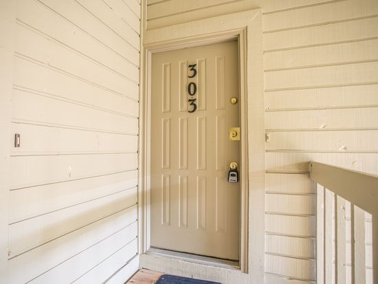 4070 S Atchison Way APT 303, Aurora, CO 80014