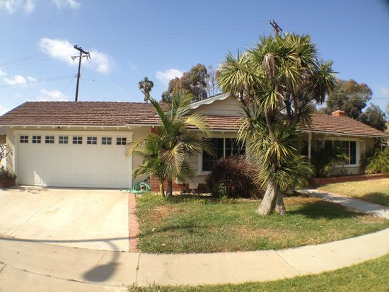 812 Saint Clair St, Costa Mesa, CA 92626