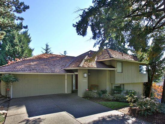 3595 Tempest Dr, Lake Oswego, OR 97035
