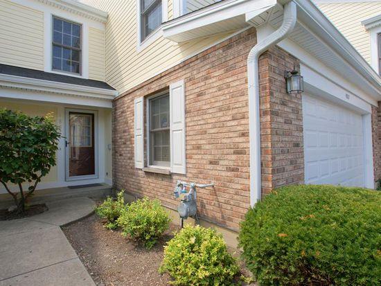 4887 Prestwick Pl # 200, Hoffman Estates, IL 60010
