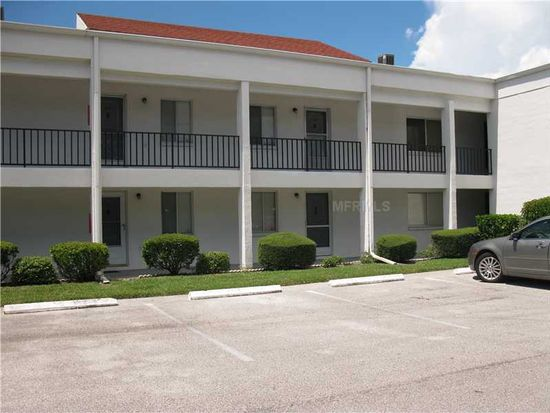 2060 Marilyn St APT 206, Clearwater, FL 33765