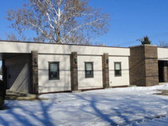 141 E Elm St, Sycamore, IL 60178