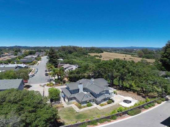 208 Harbor Dr, Santa Cruz, CA 95062