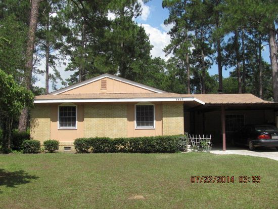 1417 10th St SW, Moultrie, GA 31768