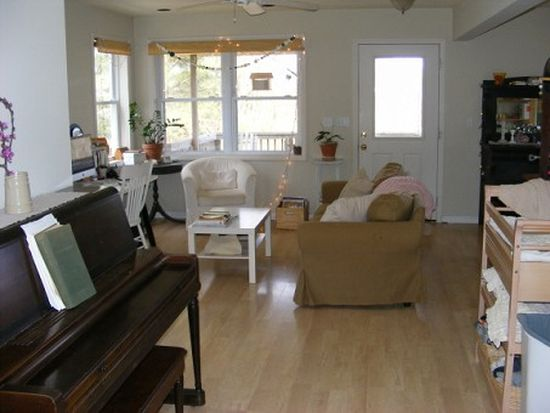 247 Rivendell Rd NW, Willis, VA 24380