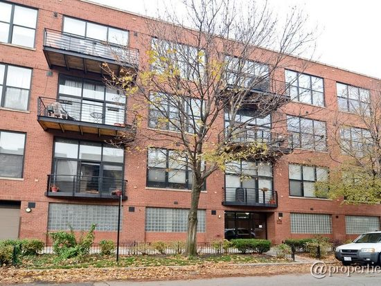 2210 W Wabansia Ave APT 303, Chicago, IL 60647