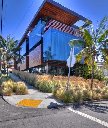 610 12th St, Manhattan Beach, CA 90266