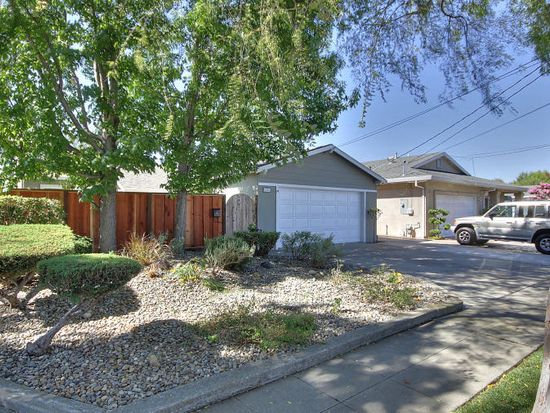 6205 Thomas Ave, Newark, CA 94560