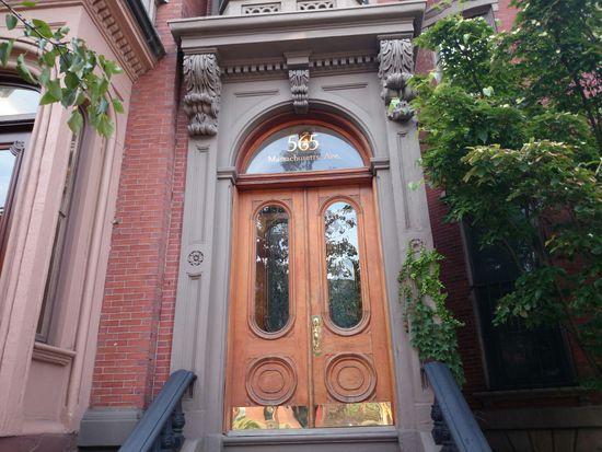 565 Massachusetts Ave APT 4, Boston, MA 02118