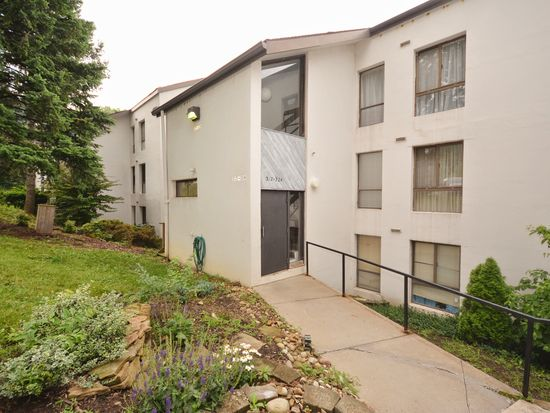 2034 Swallow Hill Rd APT 324, Pittsburgh, PA 15220