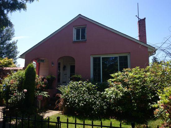 7733 16th Ave NW, Seattle, WA 98117