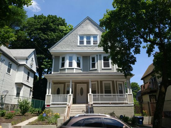 44 Spencer St, Dorchester Center, MA 02124