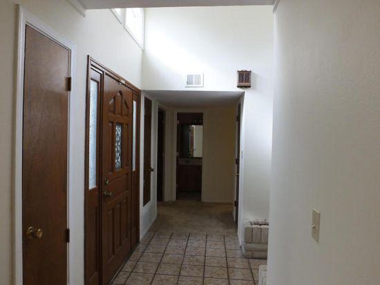 9113 Orlando Pl NE, Albuquerque, NM 87111