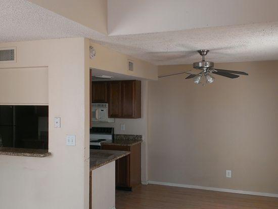 1342 W Emerald Ave UNIT 301, Mesa, AZ 85202