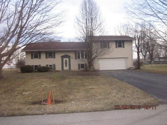 2656 Curren Dr, Marion, OH 43302
