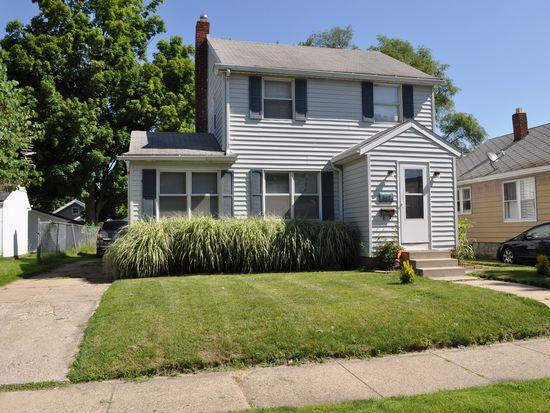 817 E Irvington Ave, South Bend, IN 46614