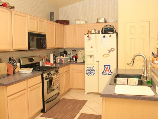 49 S Shrader Ln, Tucson, AZ 85748