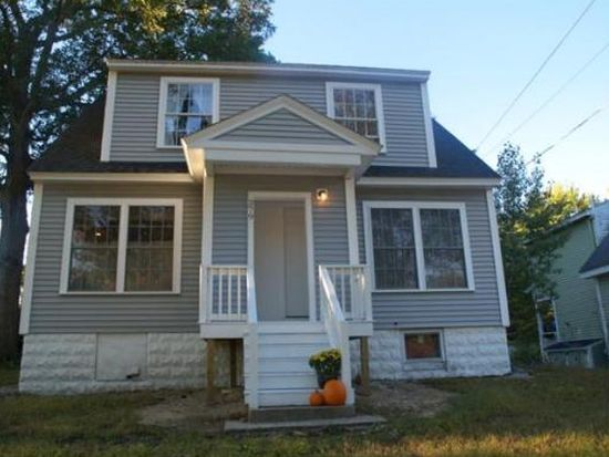 279 Riverneck Rd, Chelmsford, MA 01824
