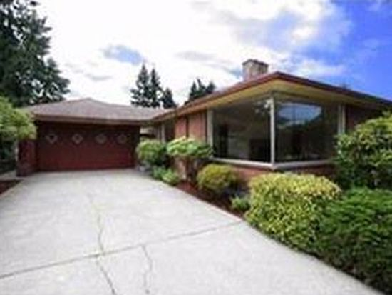 523 NE 130th St, Seattle, WA 98125