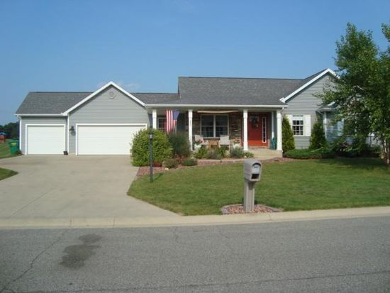 3371 S Coulter Creek Dr, Laporte, IN 46350