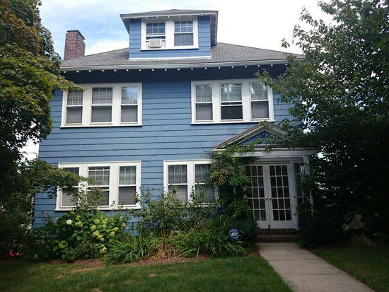 75 Russett Rd, Boston, MA 02132