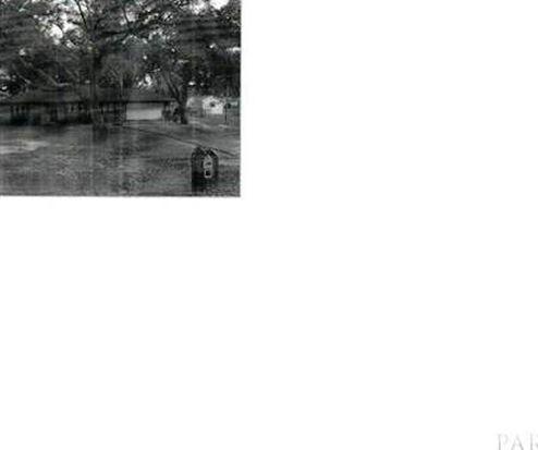 5828 Tanglewood Dr, Milton, FL 32570