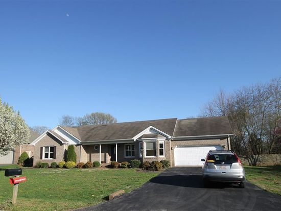 130 Sterling Way, Bowling Green, KY 42104