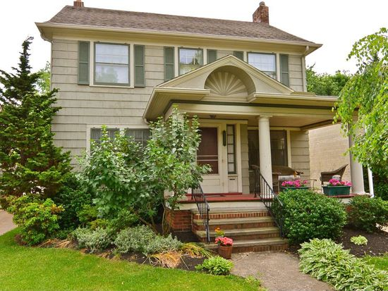2331 Mckinley Ave, Lakewood, OH 44107