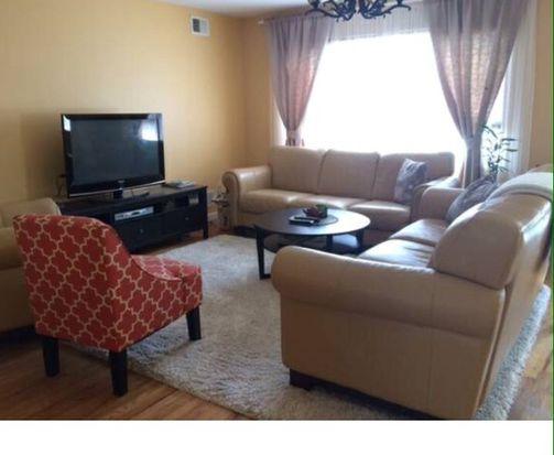 33 Dulancey Ct, Staten Island, NY 10301