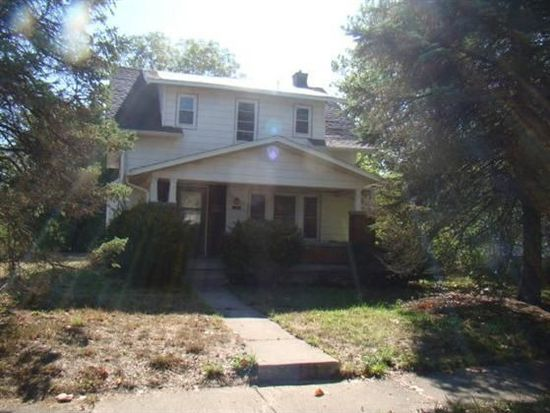 1304 S 6th St, Clinton, IN 47842