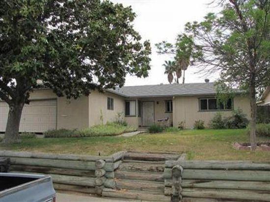 2539 Ezie Ave, Clovis, CA 93611