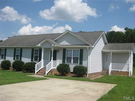 120 Clear Water Dr, Smithfield, NC 27577