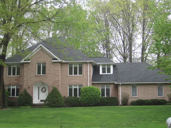 245 Brookrun Dr, Copley, OH 44321