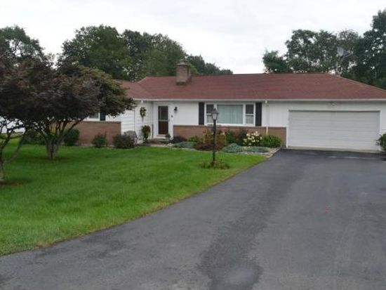 8 Channing Rd, Trumbull, CT 06611