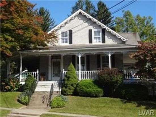 222 W Center St, Nazareth, PA 18064