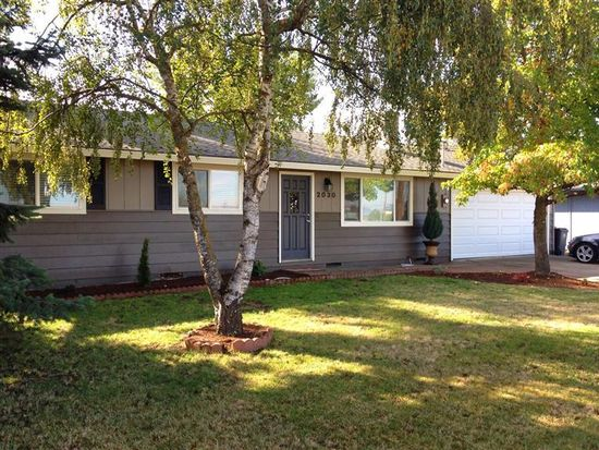 2030 Delta Waters Rd, Medford, OR 97504