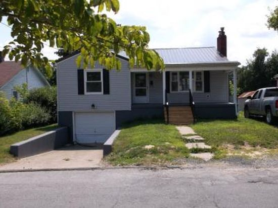 302 Myers Ave, Beckley, WV 25801