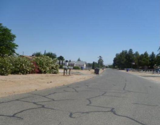 14848 Manzano Rd, Victorville, CA 92392