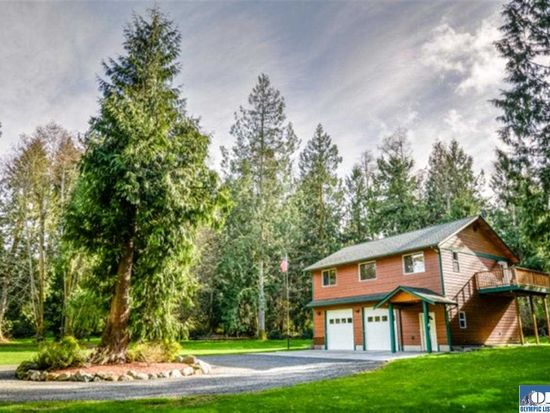 357 Schoolhouse Point Ln, Sequim, WA 98382