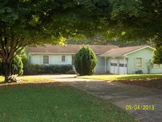 4816 Hiawatha Dr, Gainesville, GA 30506