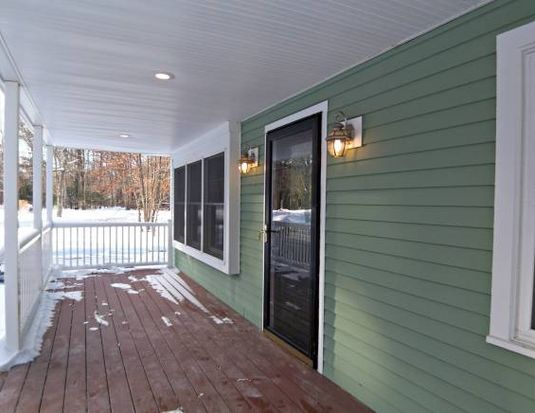 4 Londonderry Rd, Windham, NH 03087