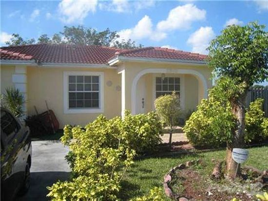 27500 SW 132nd Pl, Homestead, FL 33032