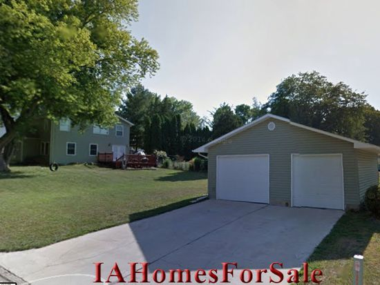 1160 9th St, Marion, IA 52302