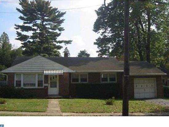28 Hillside Rd, Mount Holly, NJ 08060