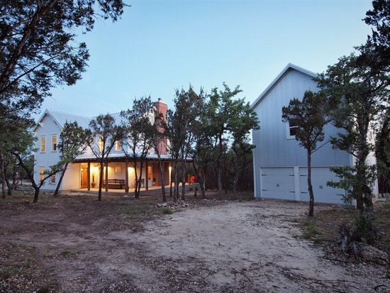 15 Spring Valley Dr, Wimberley, TX 78676