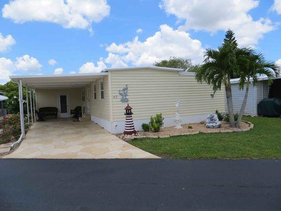 42 Channel Ln, Fort Myers, FL 33905