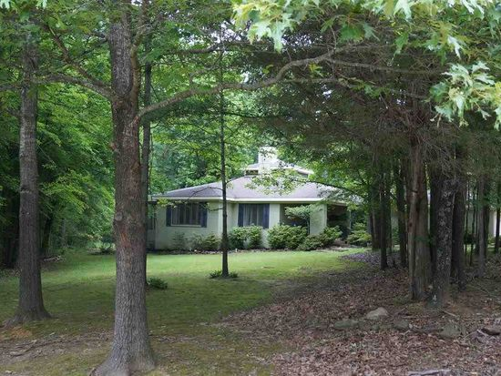 10220 Kentwood Estates Dr, Cordova, TN 38018