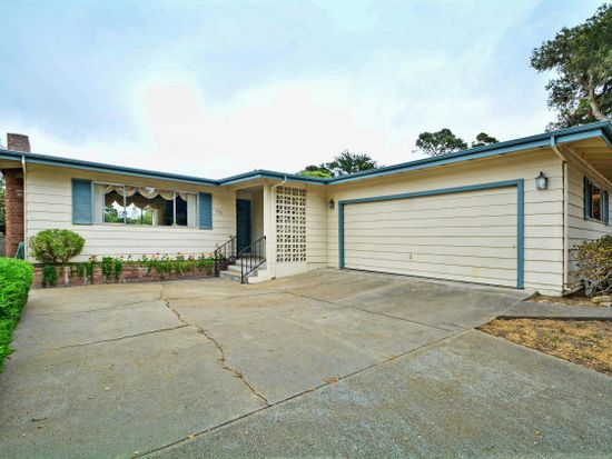 636 Sunset Dr, Pacific Grove, CA 93950